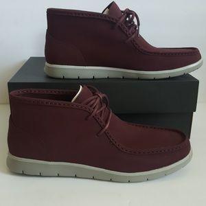 9dc29d9094b New UGG Hendrickson Leather Chukka Boots NWT